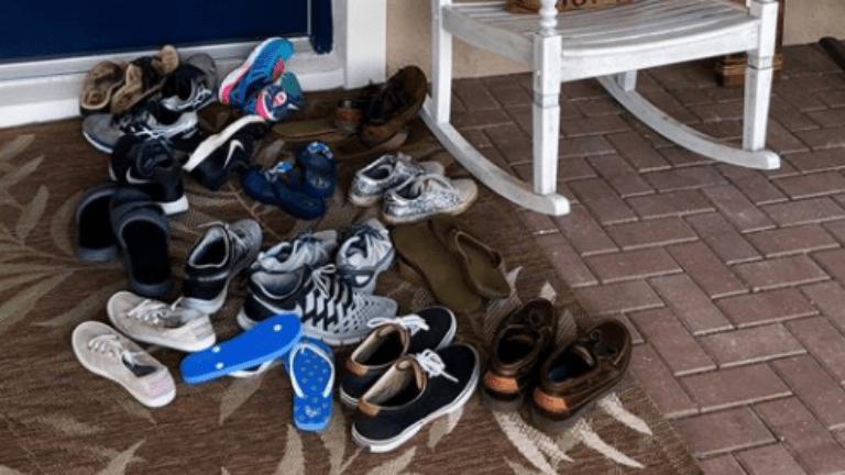 cipők anyaság gyereknevelés