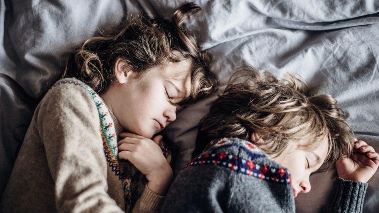 alvás gyerek tanulmány