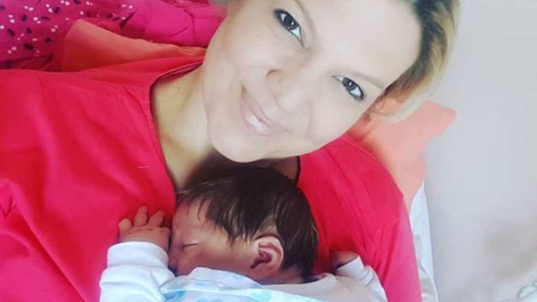 Friss hírek: Megszületett Balássy Betti és Varga Feri harmadik gyermeke: a kisfiú a Miksa Bendegúz nevet kapta. Az énekesnőnek azonban nem volt egy leányálom a szülés, sőt...