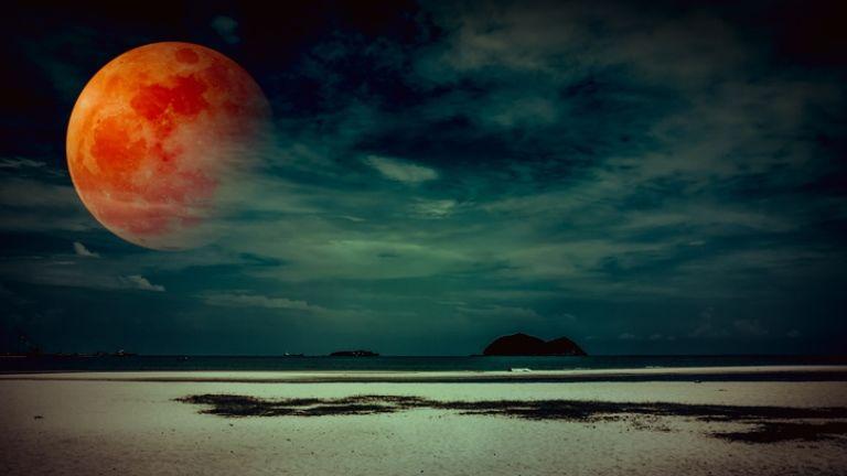 vérhold július 27. telihold teljes holdfogyatkozás