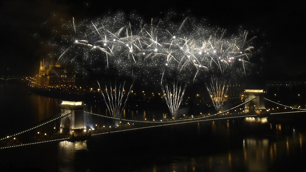 Tűzijáték a Duna felett Budapesten 2018. augusztus 20-án.MTI Fotó: Kovács Tamás
