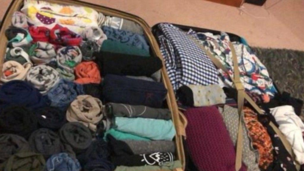 A feltekert ruhákkal sok helyet nyert