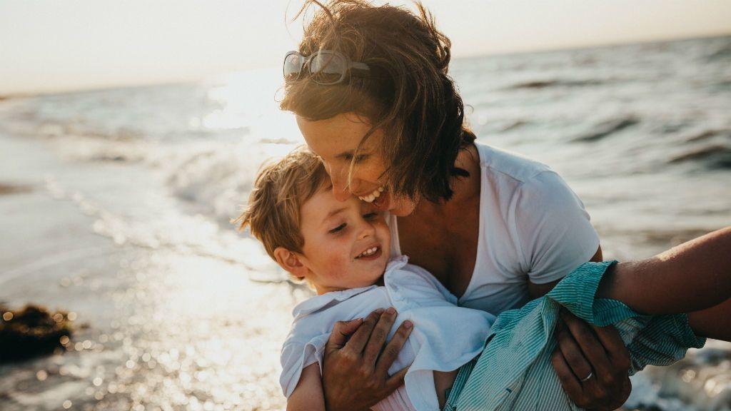 anyaság szeretet felejtés vallomás