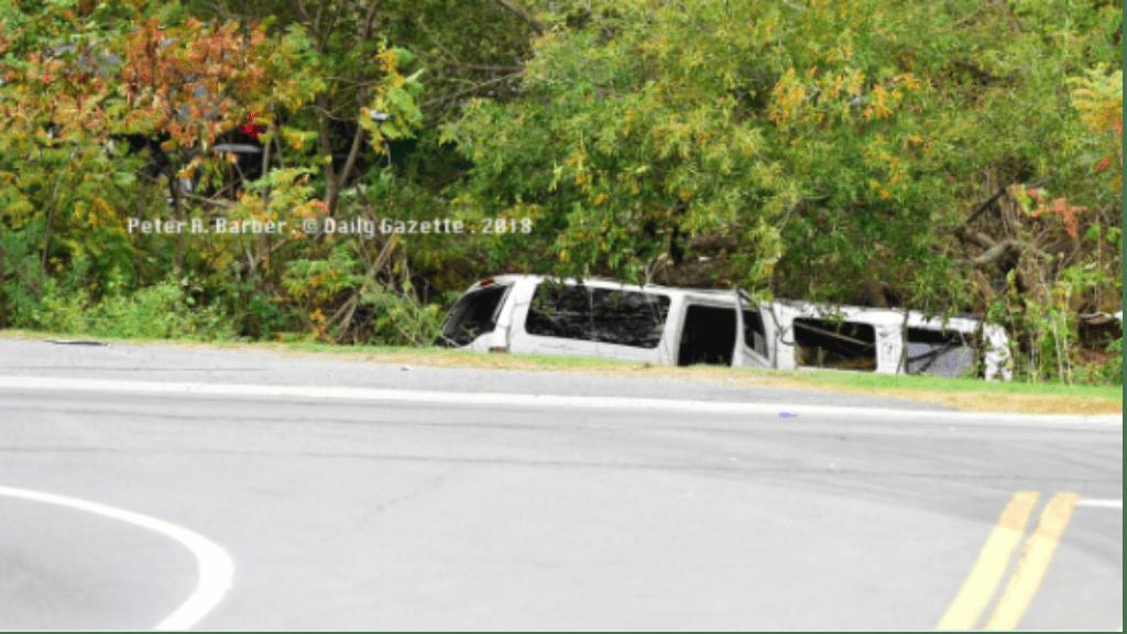 limuzin esküvő baleset