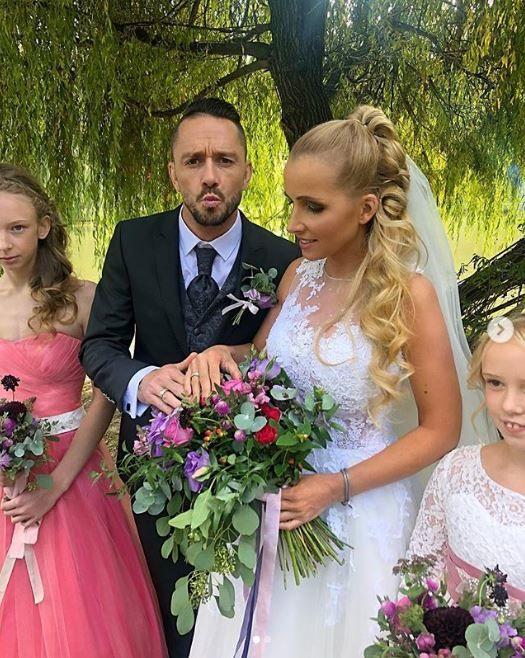 ee807f8c64 Mindenkit megviccelt Kabát Péter és Róka Adrienne, nem is házasodtak össze