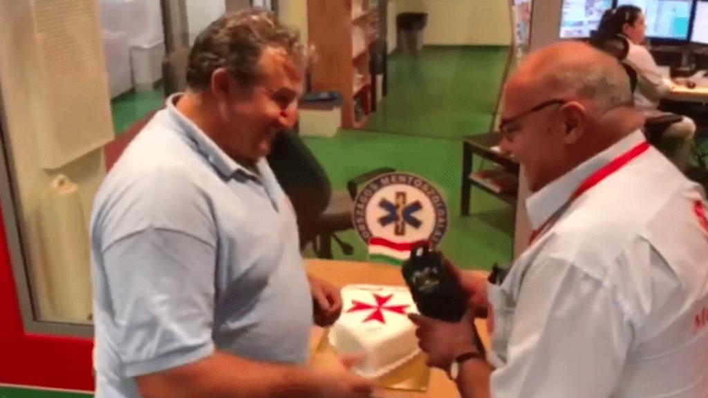 mentőorvos születésnap videó meglepetés