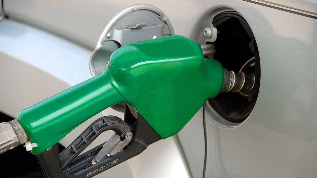 tankolás, benzin, gazolaj