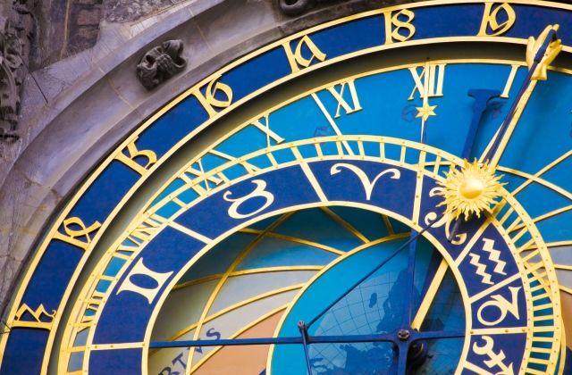 szeretetnyelv horoszkóp minőségi idő csillagjegyek