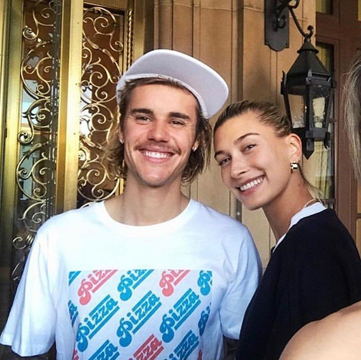 Justin Bieber és Hailey Baldwin - Fotó: Profimedia