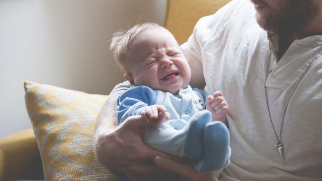 hasfájós baba tanulmány