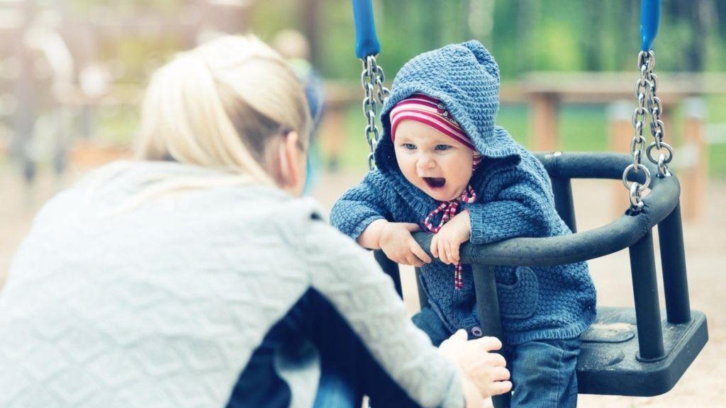 anyák kritika ítélkezés