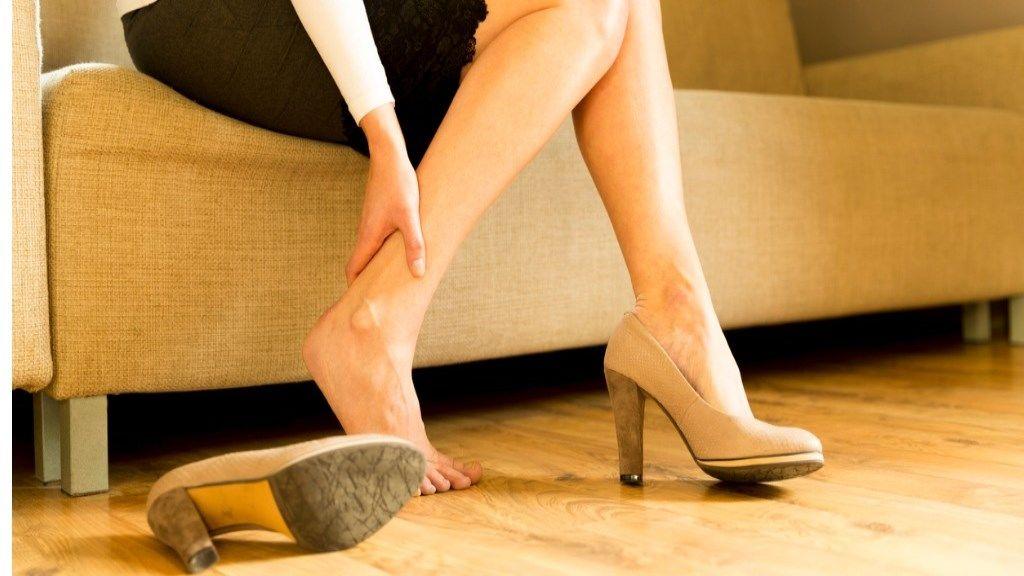 7 trükk, hogy a magas sarkú cipő is kényelmes legyen