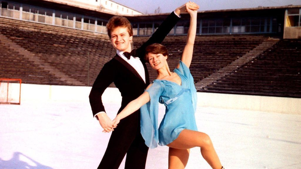 Friss hírek: Vajon létezik olyan ember az országban, akinek ne mondana semmit a '70-es évek leghíresebb jégtáncpárosának, a Regőczy–Sallay-kettősnek neve?
