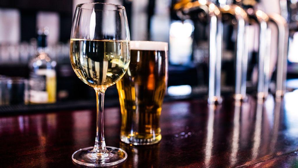 Megvan, mennyi sört isznak egy élet alatt az angolok (fotó: iStock)