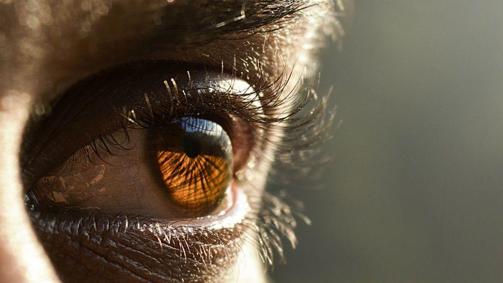 orvos ellenőrzi a látást a tamoxifen látása romlott