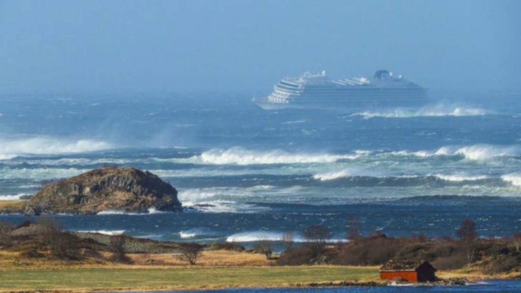 tengerjáró norvégia evakuálás