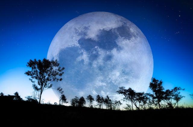 telihold kék hold nagypéntek horoszkóp csillagjegyek