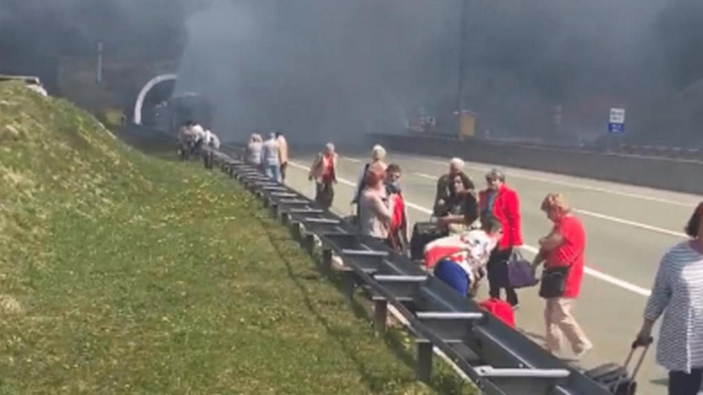 tűz busz horvátország
