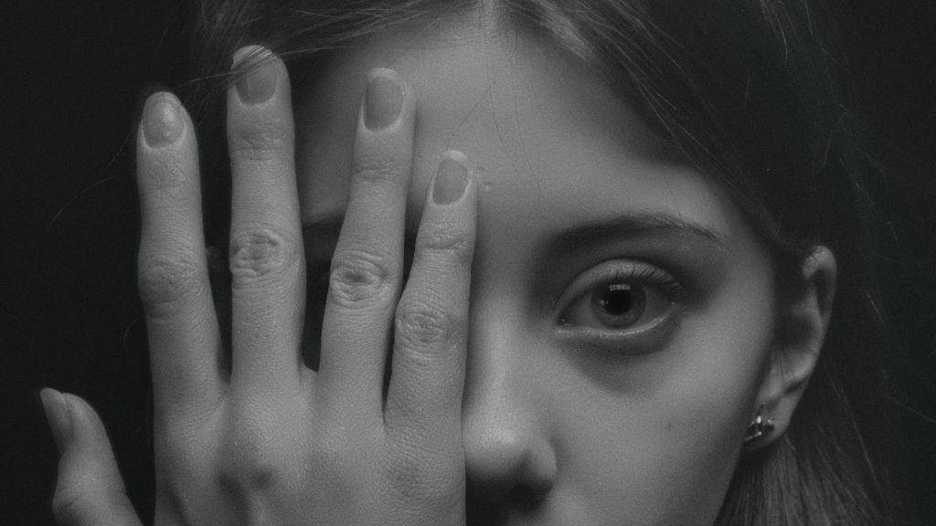 tinilány iskolai bántalmazás