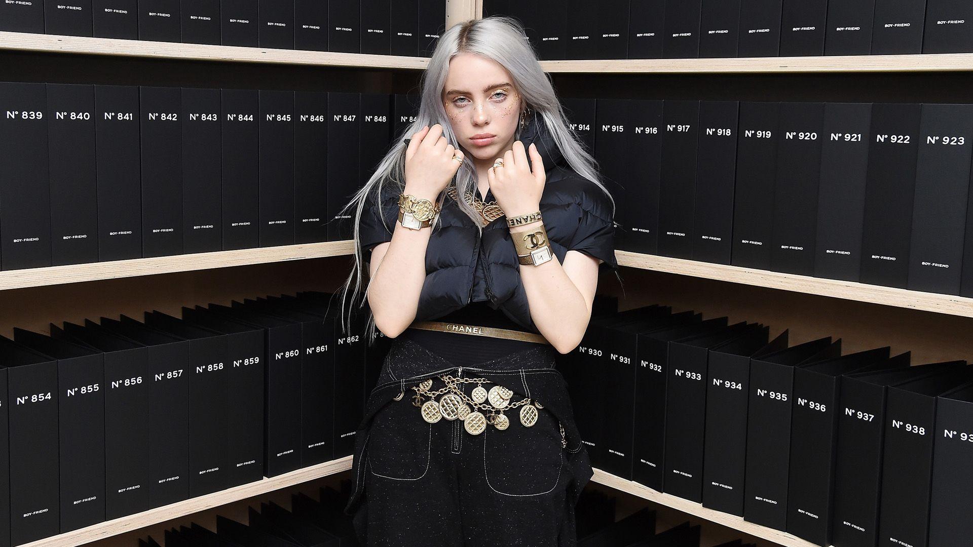 Billie Eilish egy Chanel-kampányban (Fotó: Nicholas Hunt/WireImage )