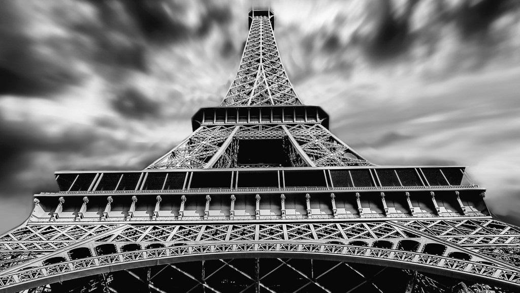Rossz hírek érkeznek Párizsból (Fotó: Pixabay)