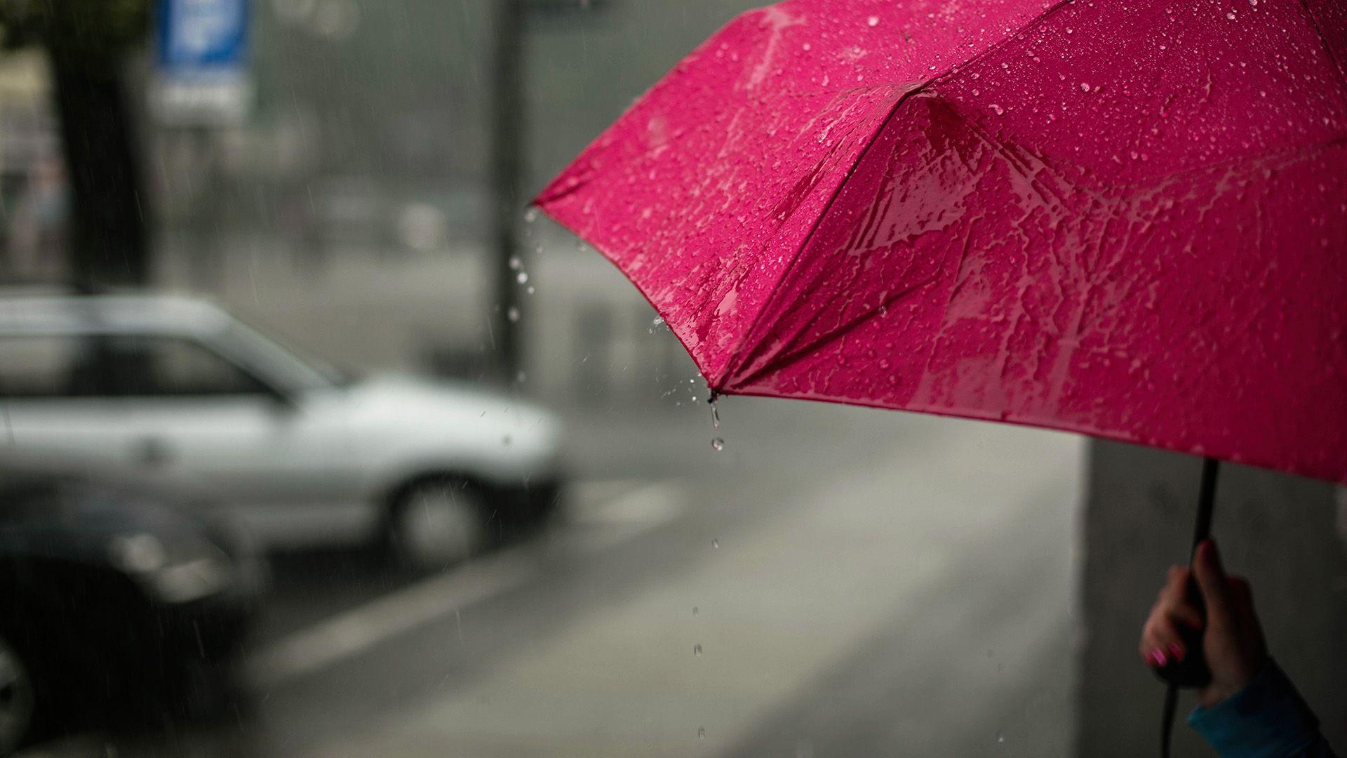 eső, zápor, felhőszakadás, esernyő
