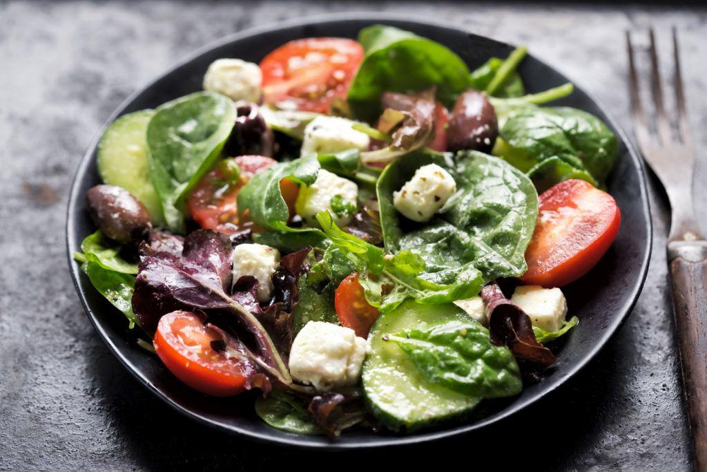 Fetás saláta (Fotó: iStock)