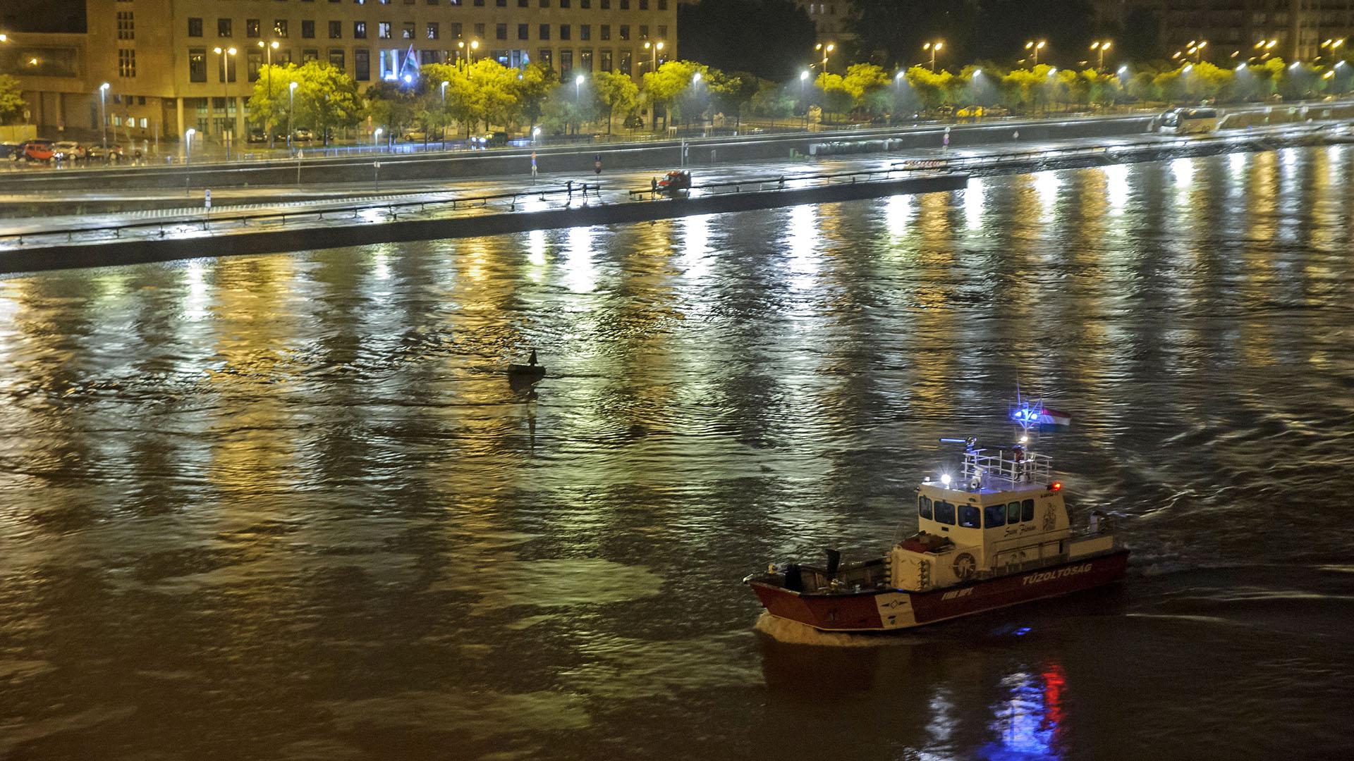 hableány, hajó, elsüllyedt, baleset, tragédia