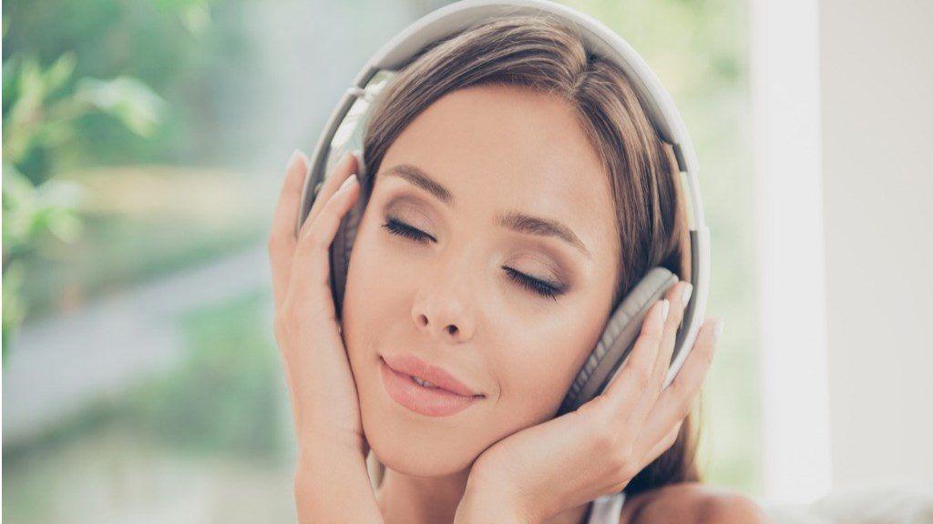 a zene ellazul a magas vérnyomástól