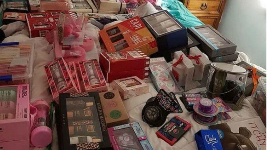 ajándék karácsony facebook fotó