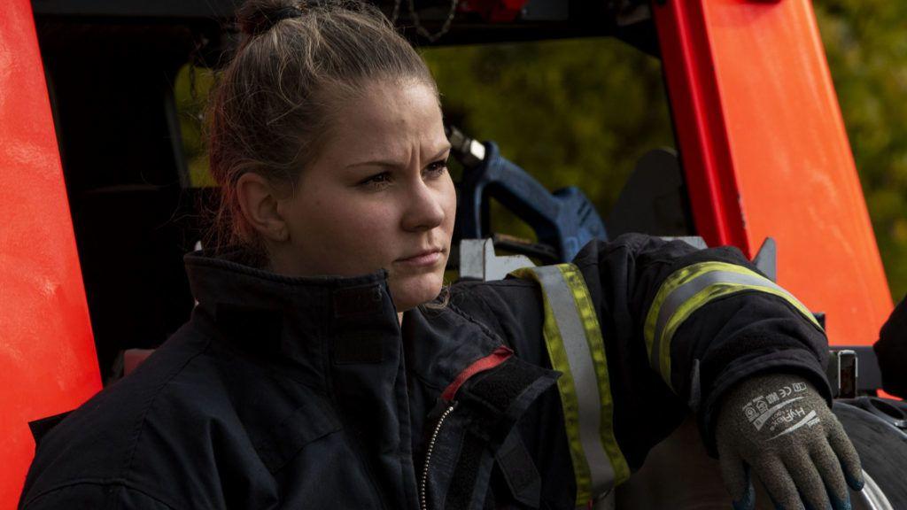 női keresek kis tűzoltó