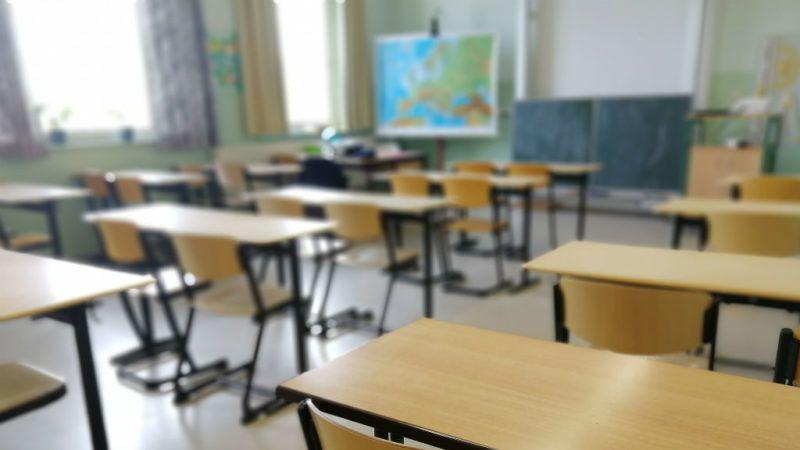 iskola osztály osztályterem tanulás