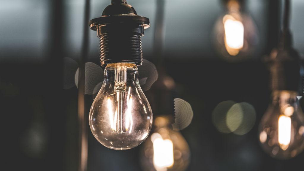 áram villany világítás