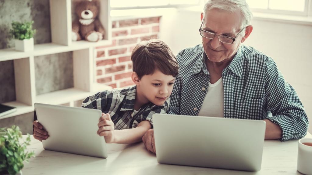 nagyszülők internet számítógép