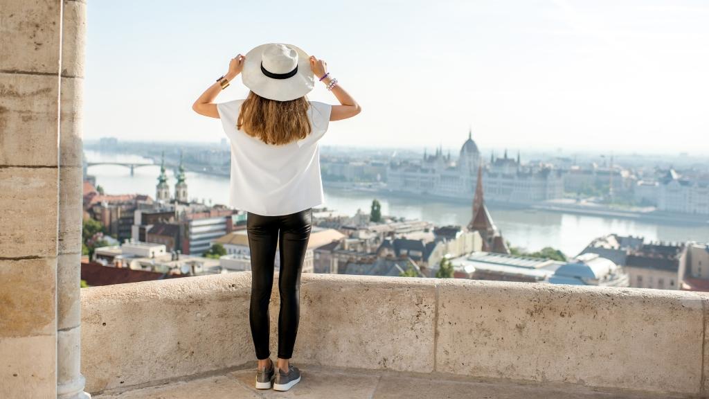 turista külföldi budapest