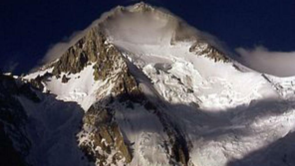 hidden peak himalája hegymászás varga csaba