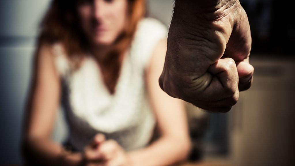 bántalmazó kapcsolat sérülés