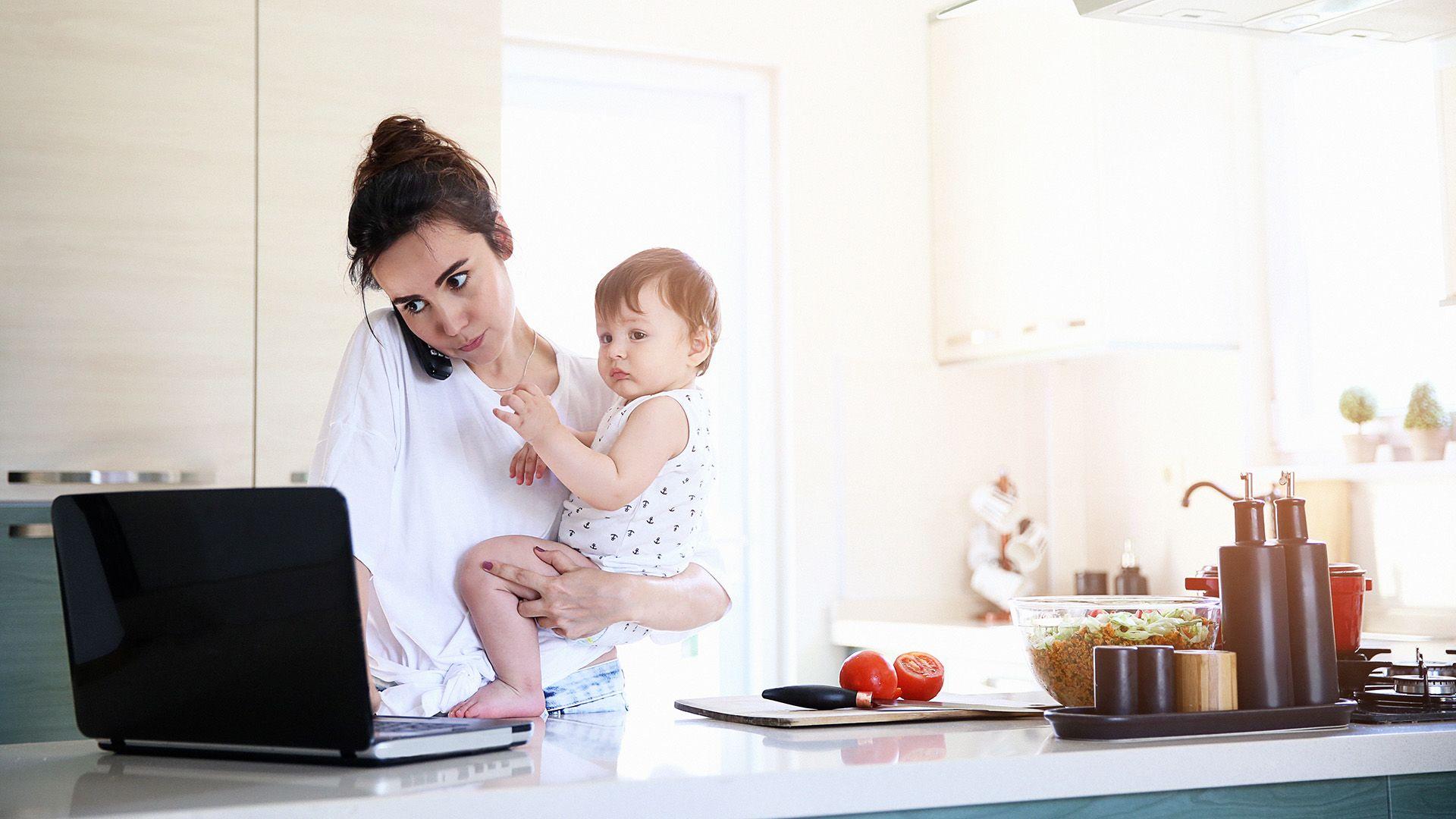 dolgozó anya