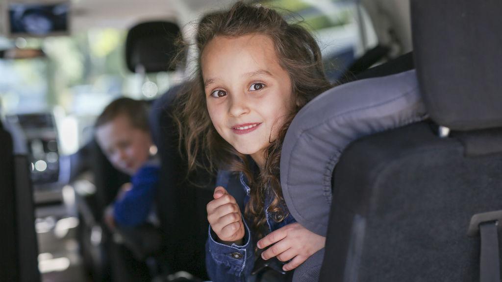 gyerek családi autó
