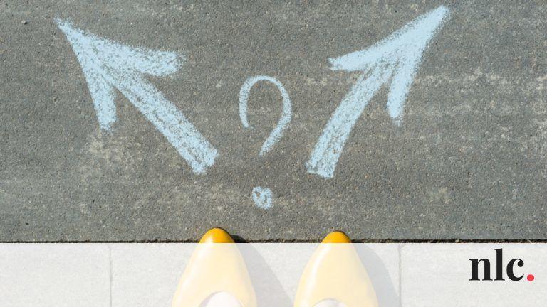 Friss hírek: Mindig van választásod. Minden helyzetben te döntesz. A kínai horoszkóp szerint valójában az is döntés, amikor nem döntesz, csupán halogatod az eseményeket. Ma észreveheted, hogy mindig van valamilyen lehetőséged választani. Most hogyan döntesz?