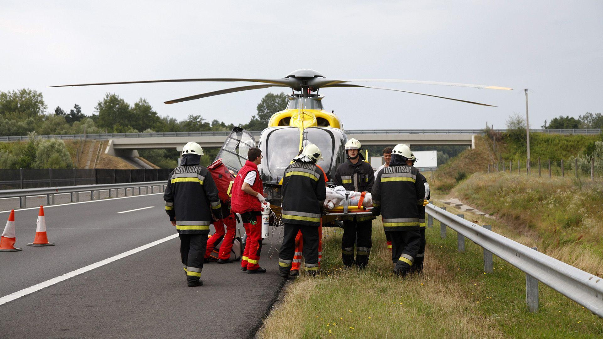 mentők, mentőhelikopter