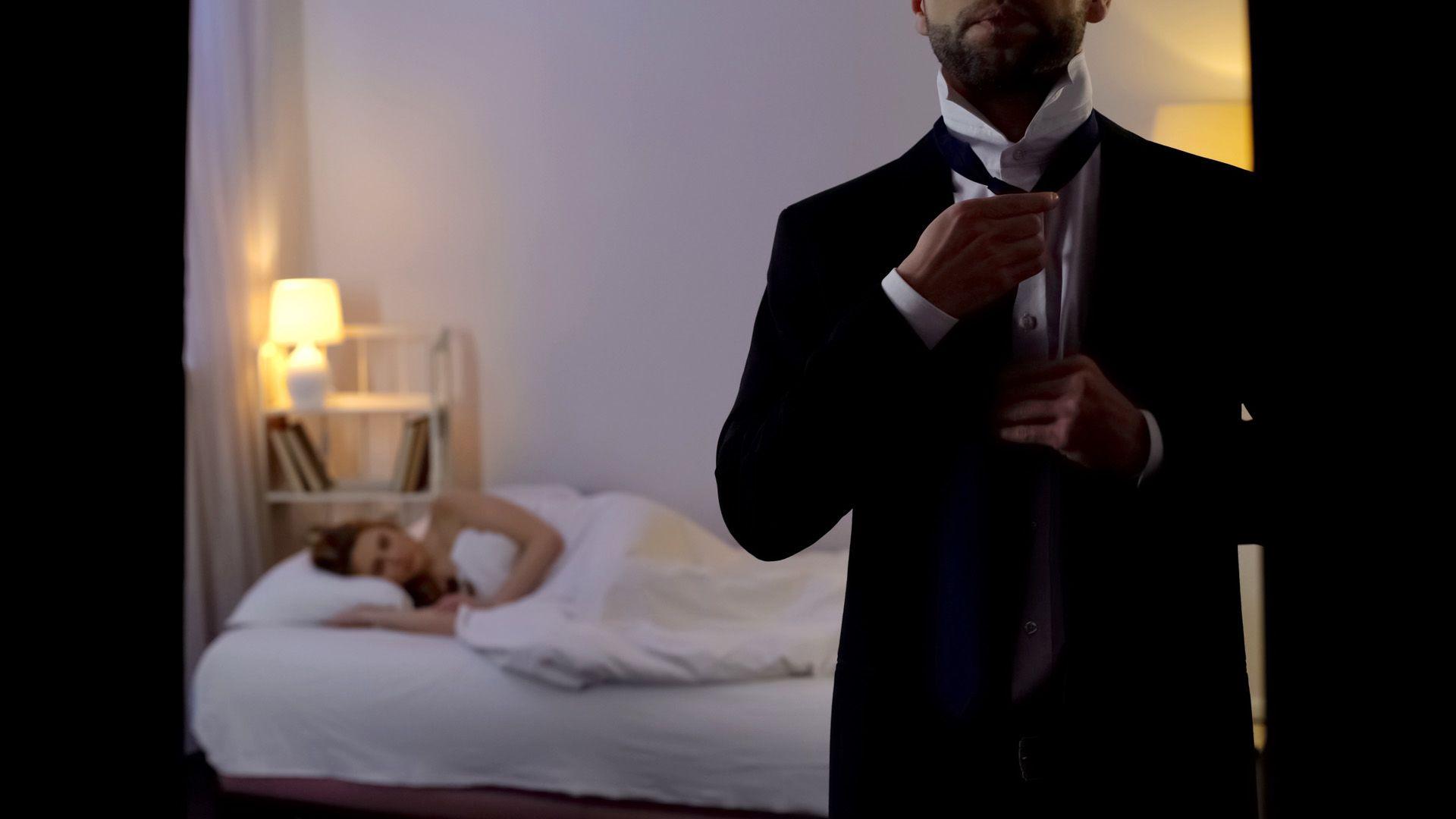 a férj folyamatos féltékenysége és gyanakvása milyen egységekben mérik a látásélességet