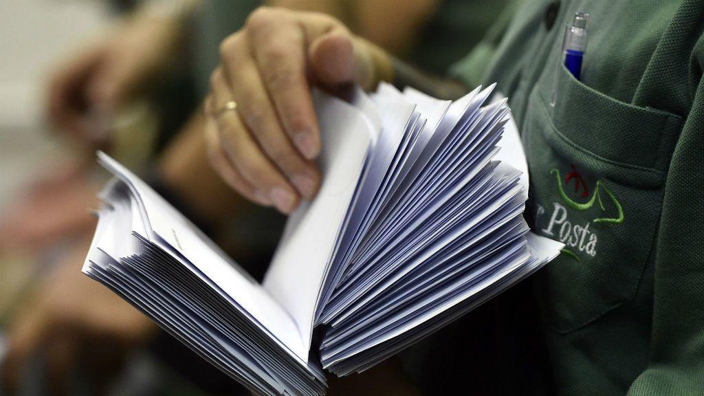 posta postás levél kézbesítés