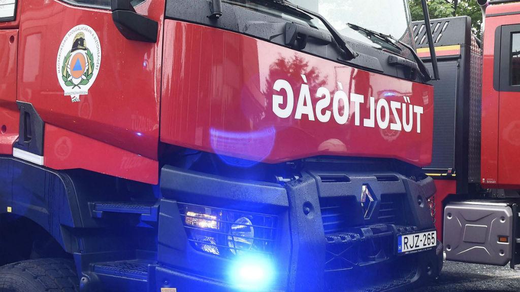 tűzoltóság tűzoltó autó