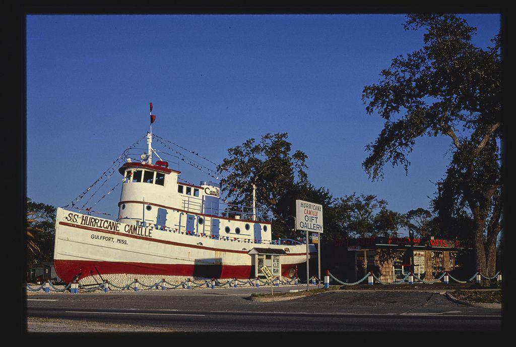 Hurricane Camille ajándékbolt, Route 90, Gulfport, Mississippi, 1979