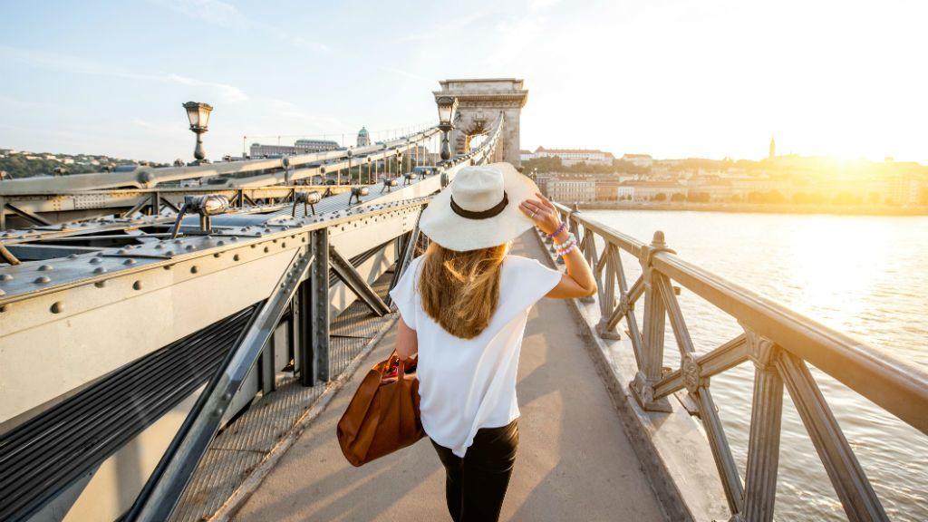 budapest turizmus szabadság híd
