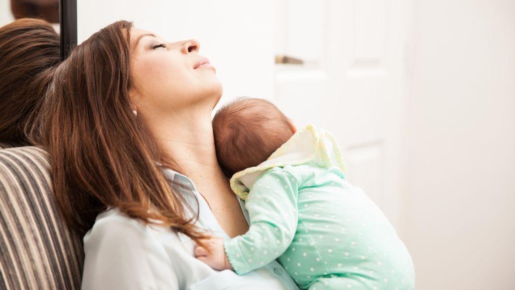 kialvatlanság anyaság türelmetlenség