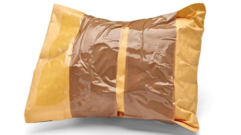posta csomag küldemény