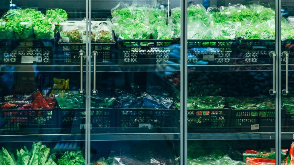 szupermarket saláta pult