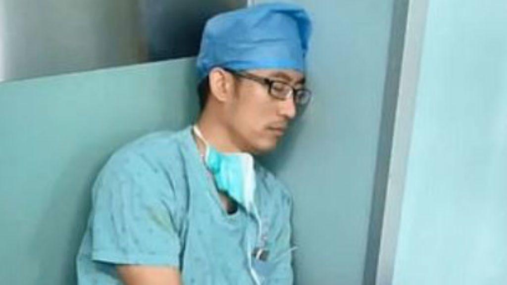sebész kína fáradtság netes hős